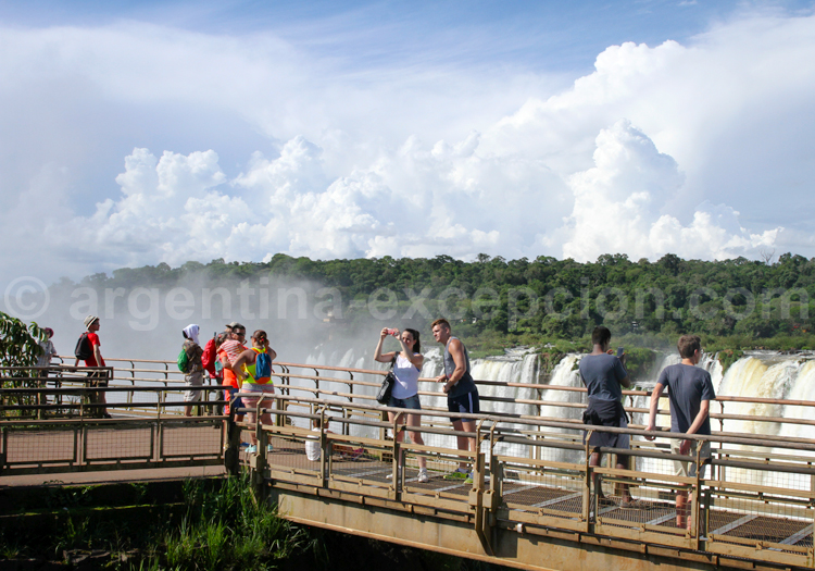 Balade au-dessus des chutes d'Iguazú
