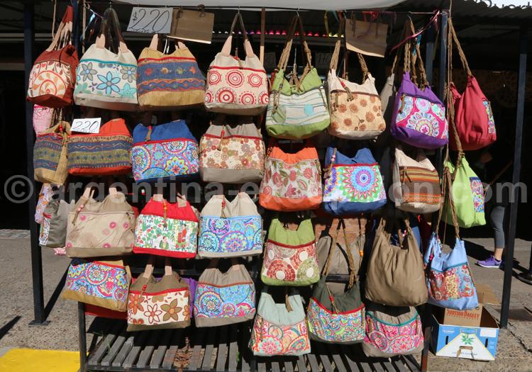 Artisanat textile, Marché aux fruits
