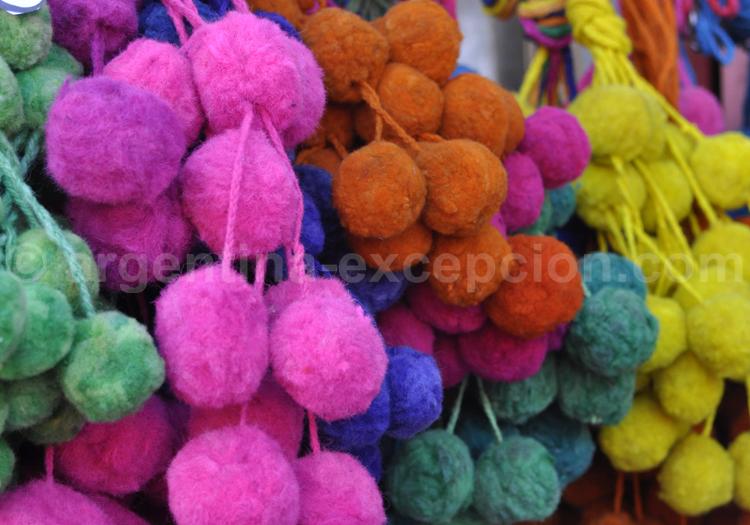 Pompons colorés, Tigre