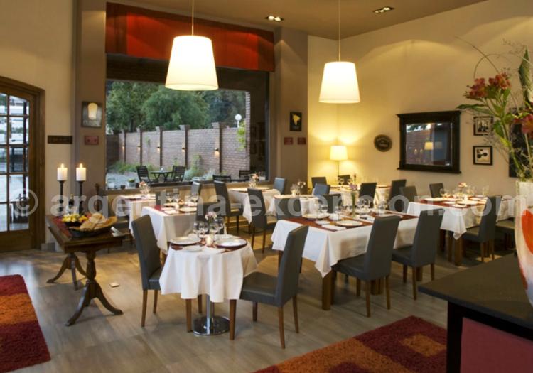 Hôtel las Bayas, Restaurant