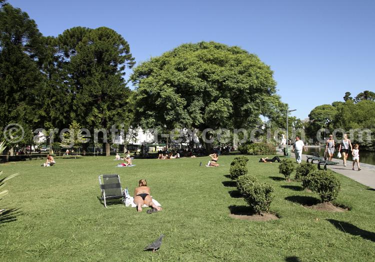 Parque Centenario, Caballito