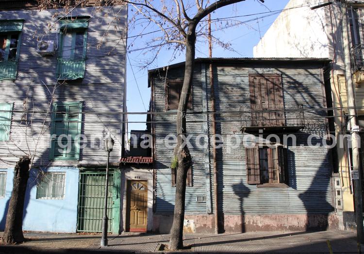 Maisons de tôle, Barracas