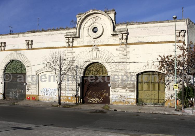 Demeure coloniale, Barracas