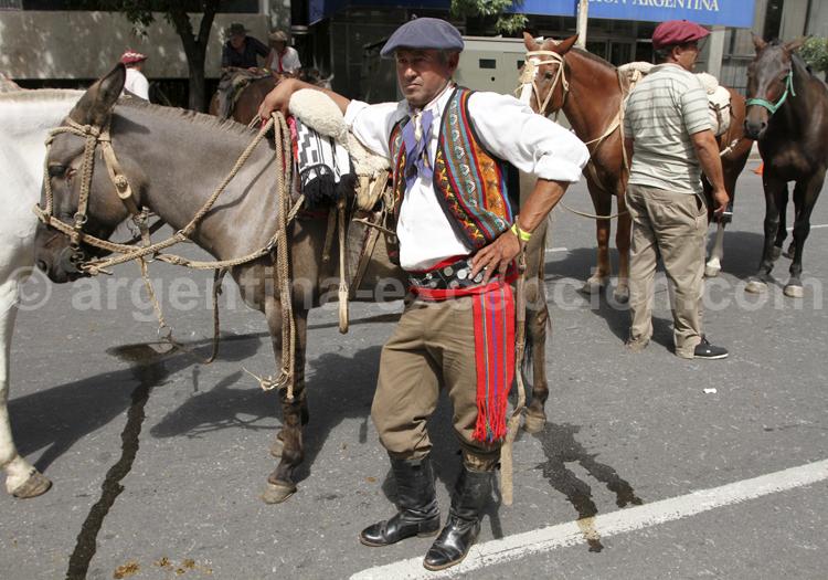 Gaucho en tenue d'apparat