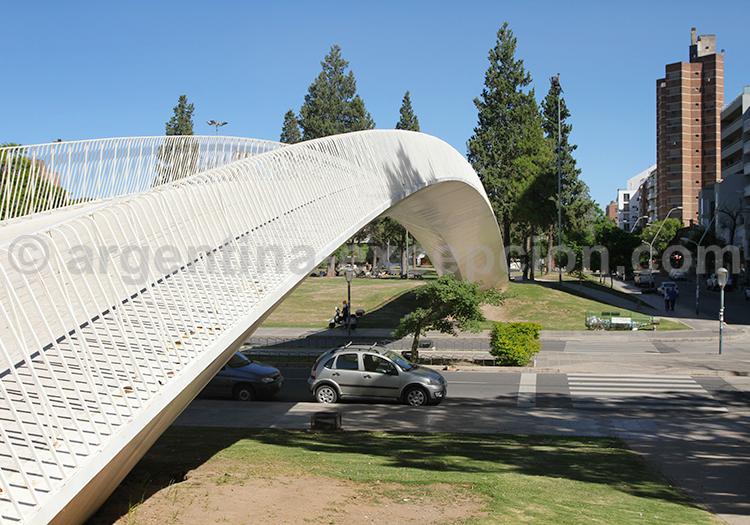 Pont d'accès au parc thémathique Las Tejas