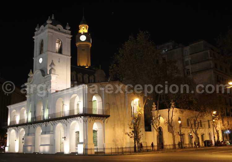 Cabildo, Plaza de Mayo