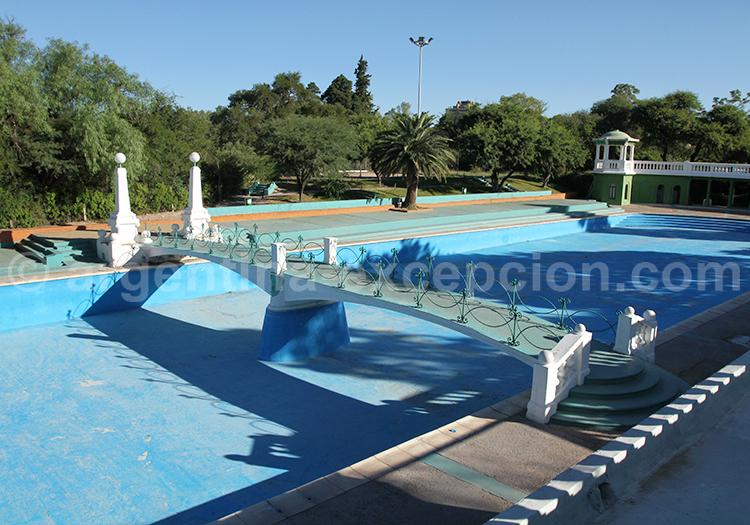 Piscine du parc Sarmiento