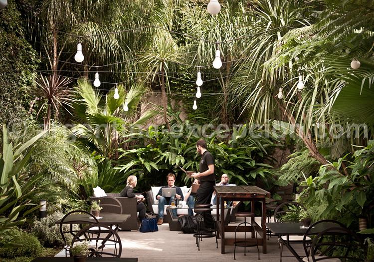 Hôtel Fierro, Jardin