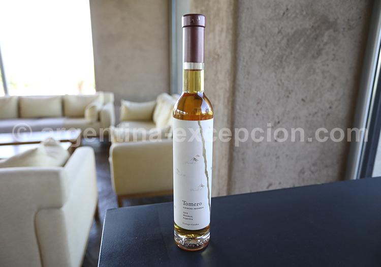Le vin blanc d'Argentine de la région de Mendoza avec l'agence de voyage Argentina Excepción
