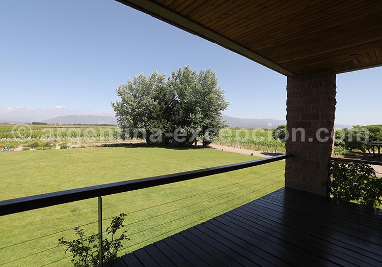 Découvrir le vin argentin dans la bodega Ruca Malen, Argentine avec l'agence de voyage Argentina Excepción