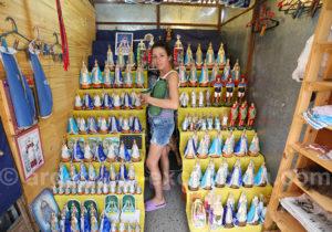 Marchande d'objets religieux, Itati