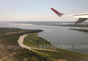 Survol du fleuve Paraná, province de Corrientes