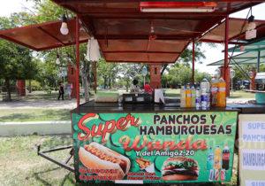 Kiosque de rue à Itati