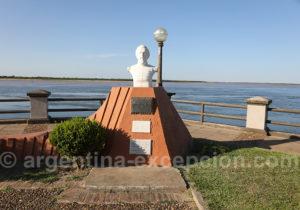 Buste du Gal Guemes offert par la ville de Salta