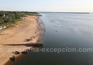 Plage Arazaty depuis le pont Plage Islas Malvinas depuis le pont General Belgrano