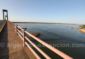 Fleuve Paraná depuis le pont General Belgrano Corrientes