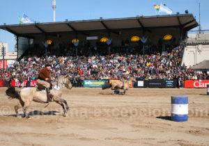 Course de chevaux criollos, La Rural