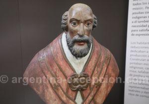 Buste en bois, musée de San Ignacio Mini