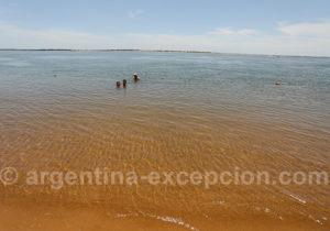 Baignade dans le fleuve Paraná