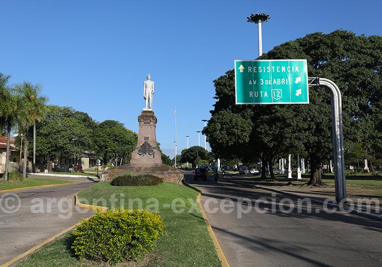 Av General Carlos María de Alvear, Corrientes