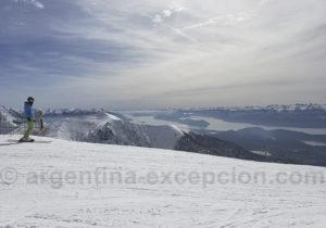 Vue sur les lacs depuis les pistes de Cerro Catedral
