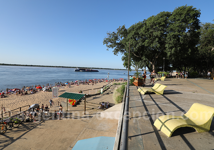 Costanera de Corrientes, Argentine