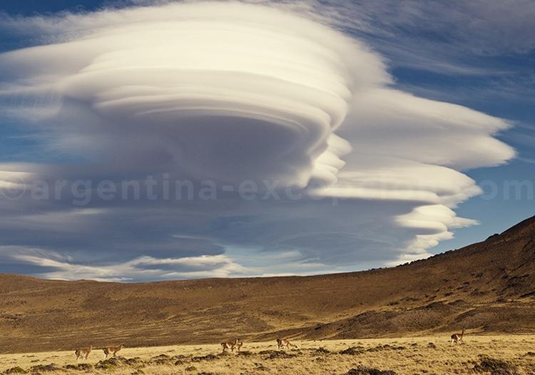 Nuages lenticulaires de Patagonie