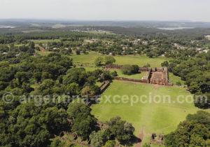 Panorama sur les ruines jésuites de San Ignacio, Argentine
