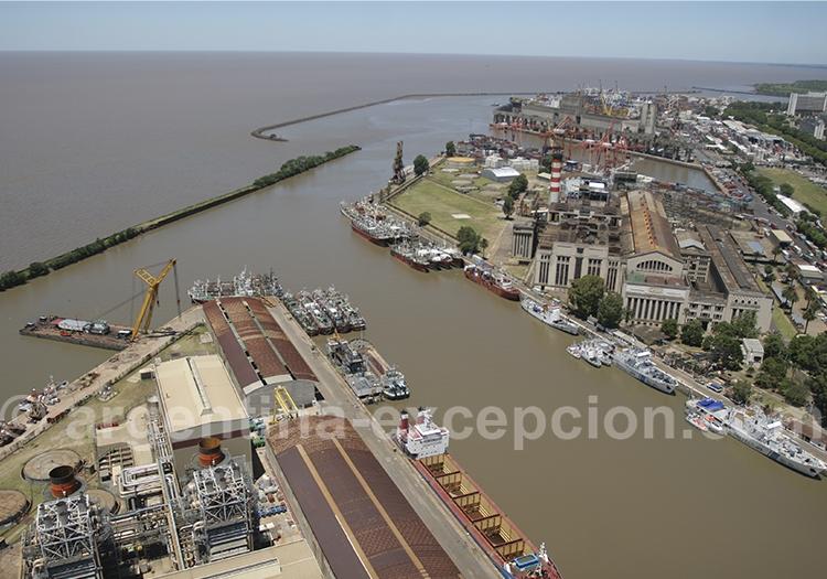 Survol du port de Buenos Aires