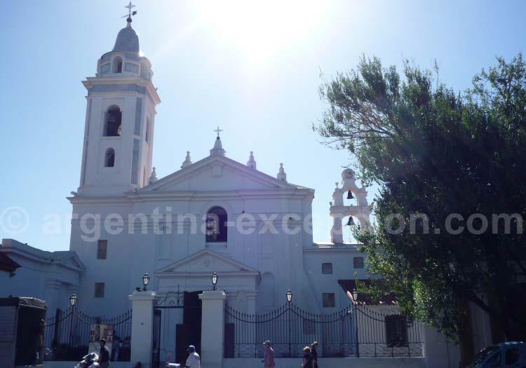 Église del Pilar, plaza Francia