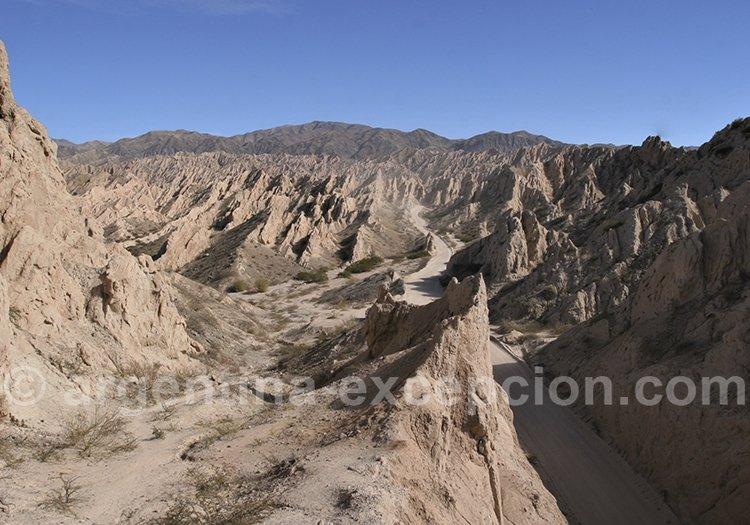 Route 40, traversée de la Quebrada de las Flechas